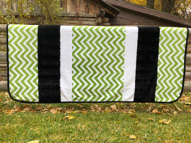 Jade and Black Chevrons  (No Batting)