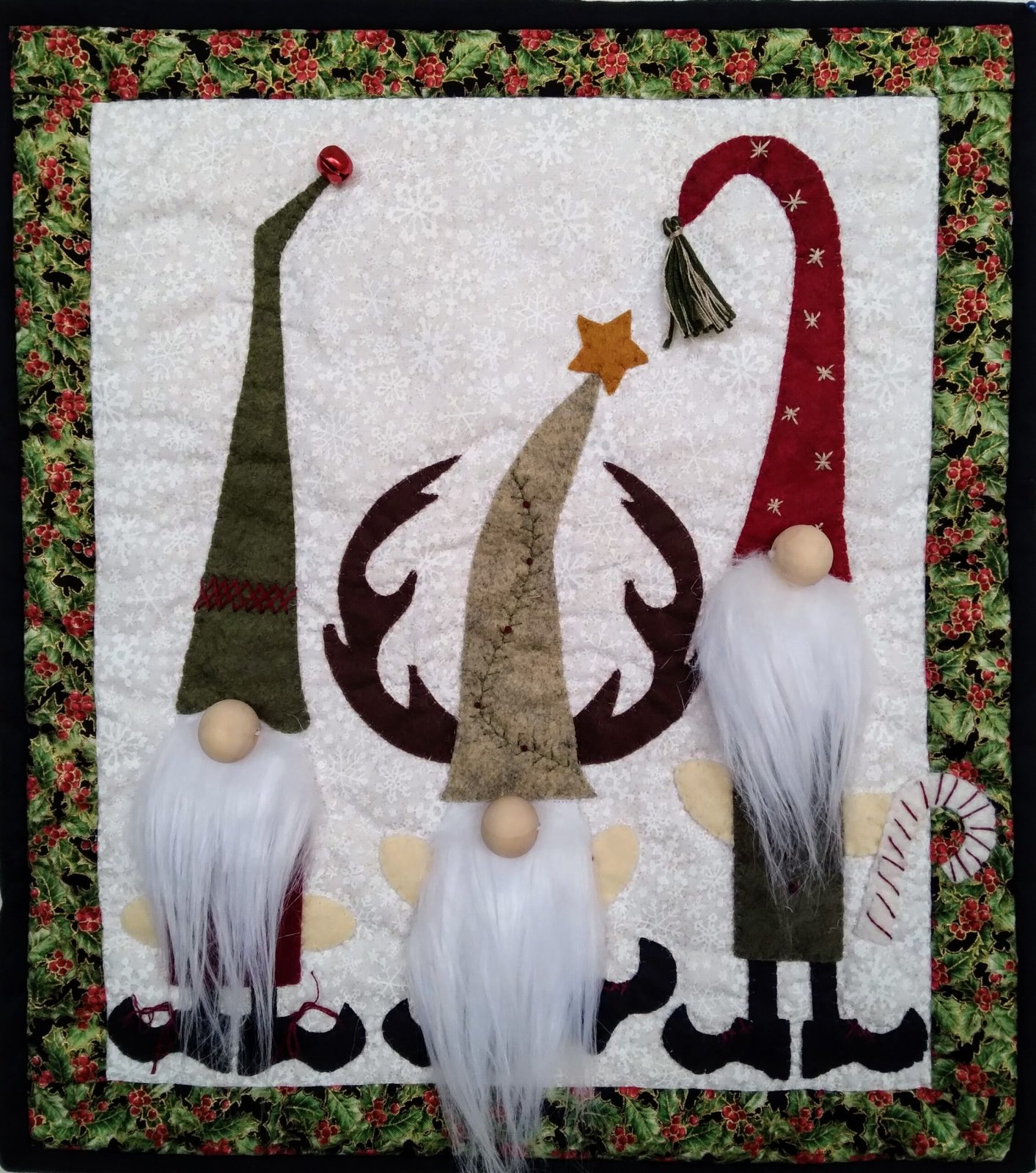 Gnome Wall Quilt Kit 13 x 15