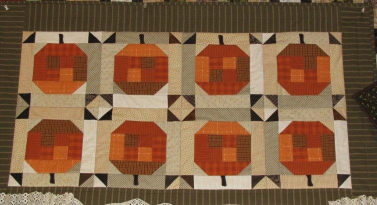 Pumpkins On Parade Kit 26 x 44