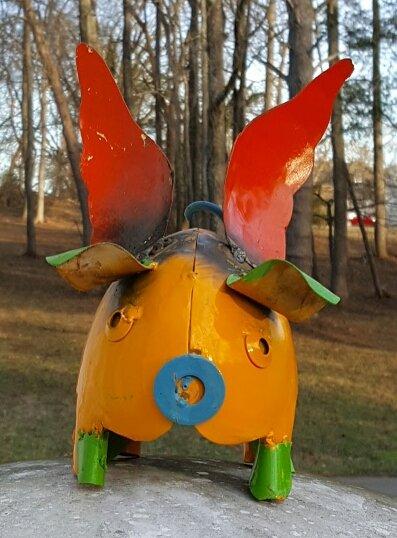 Mini metal flying pig (yellow) #008