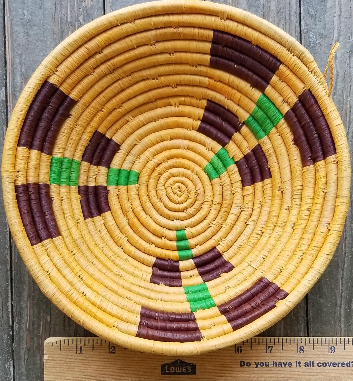 10 Uganda Basket with Brown and Green Squares #015