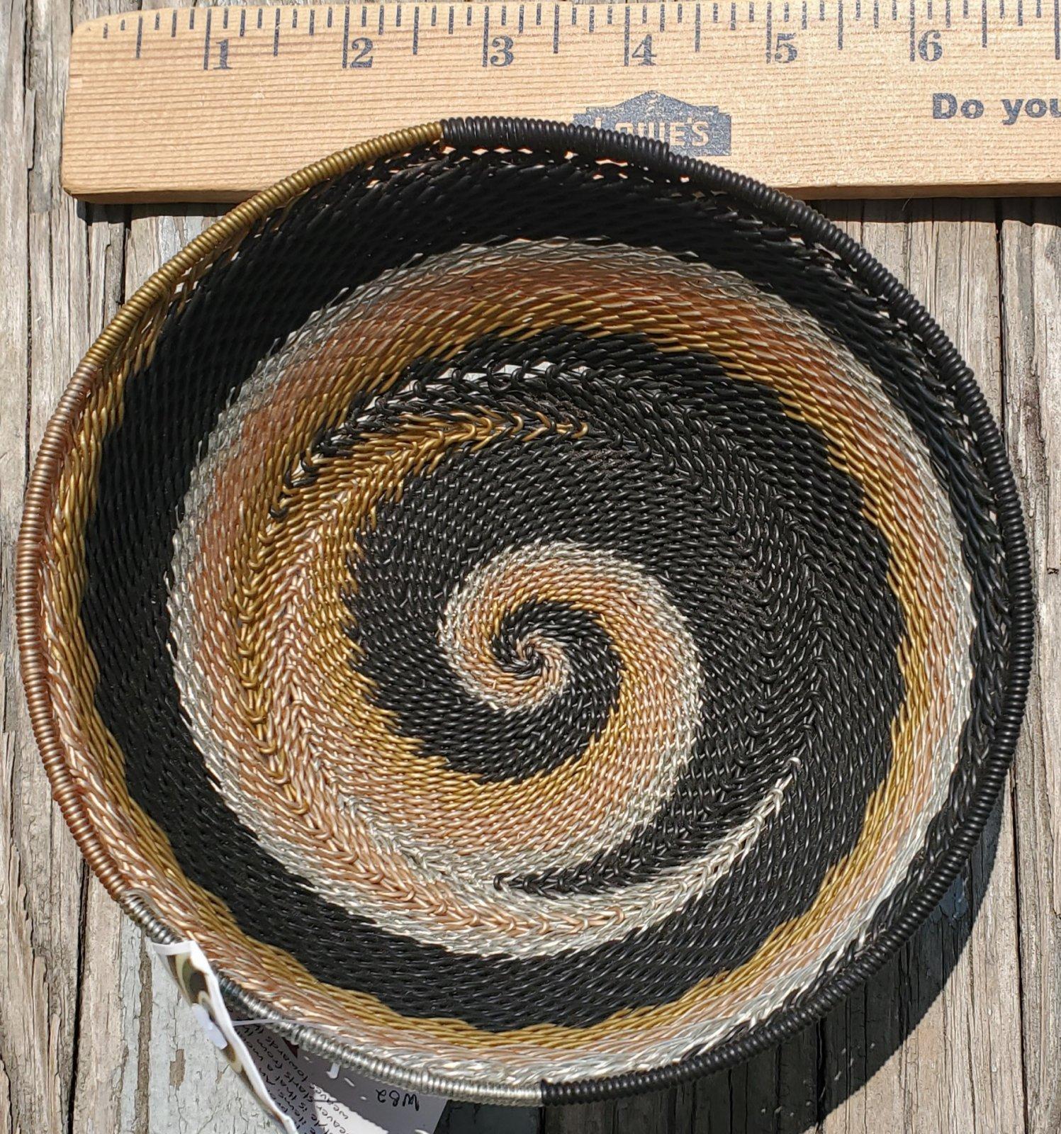 5.5 Telephone Wire Basket #085