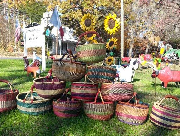 We pick Round Market Baskets