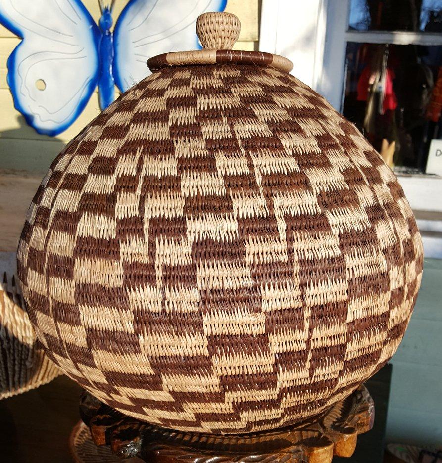 14.5'' Botswana Closed Basket