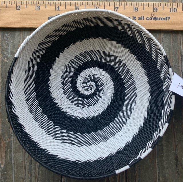 6.5 Telephone Wire Basket #067