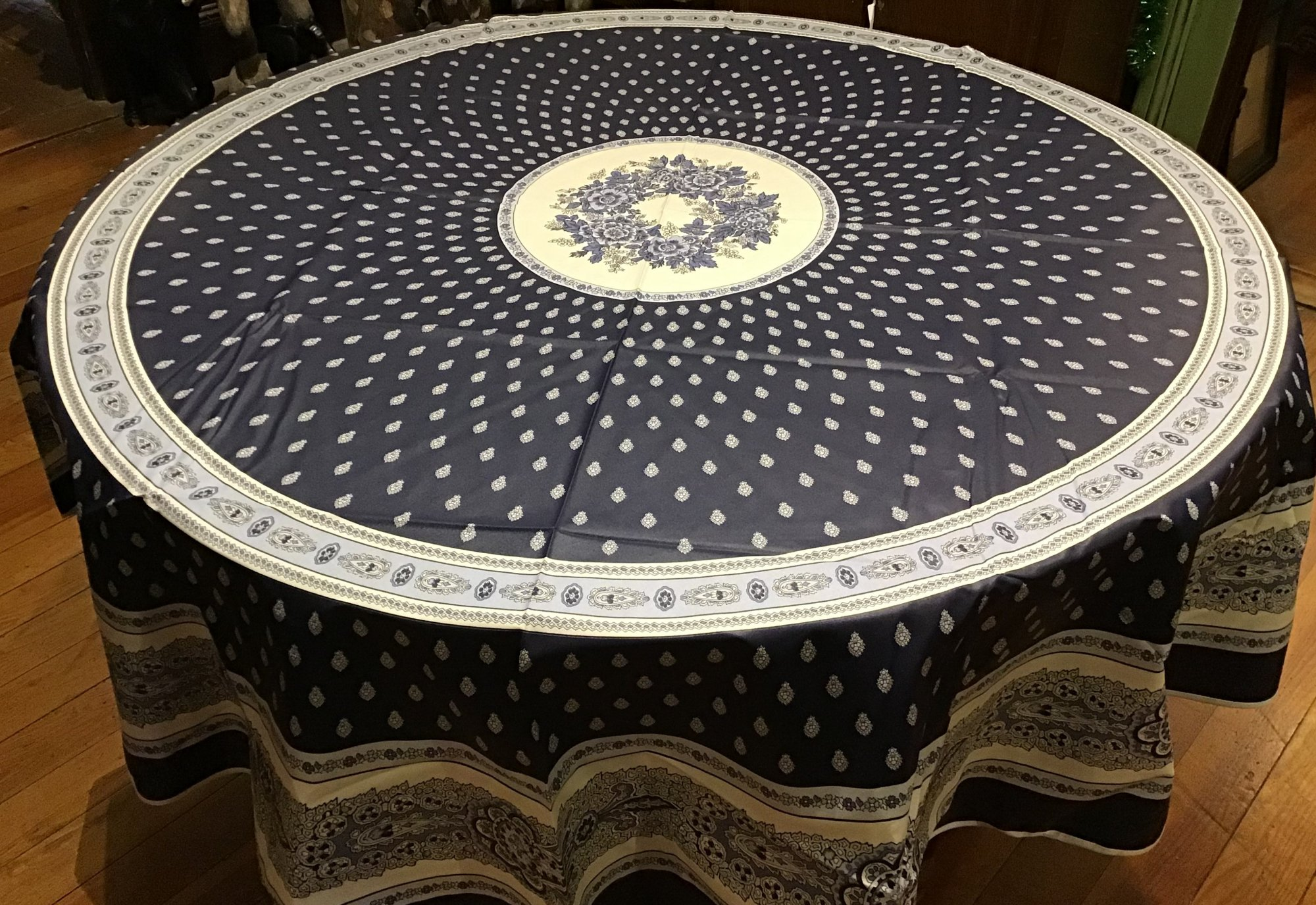 70 French Acrylic-Coated Round Tablecloth Bastide (Dark Blue)