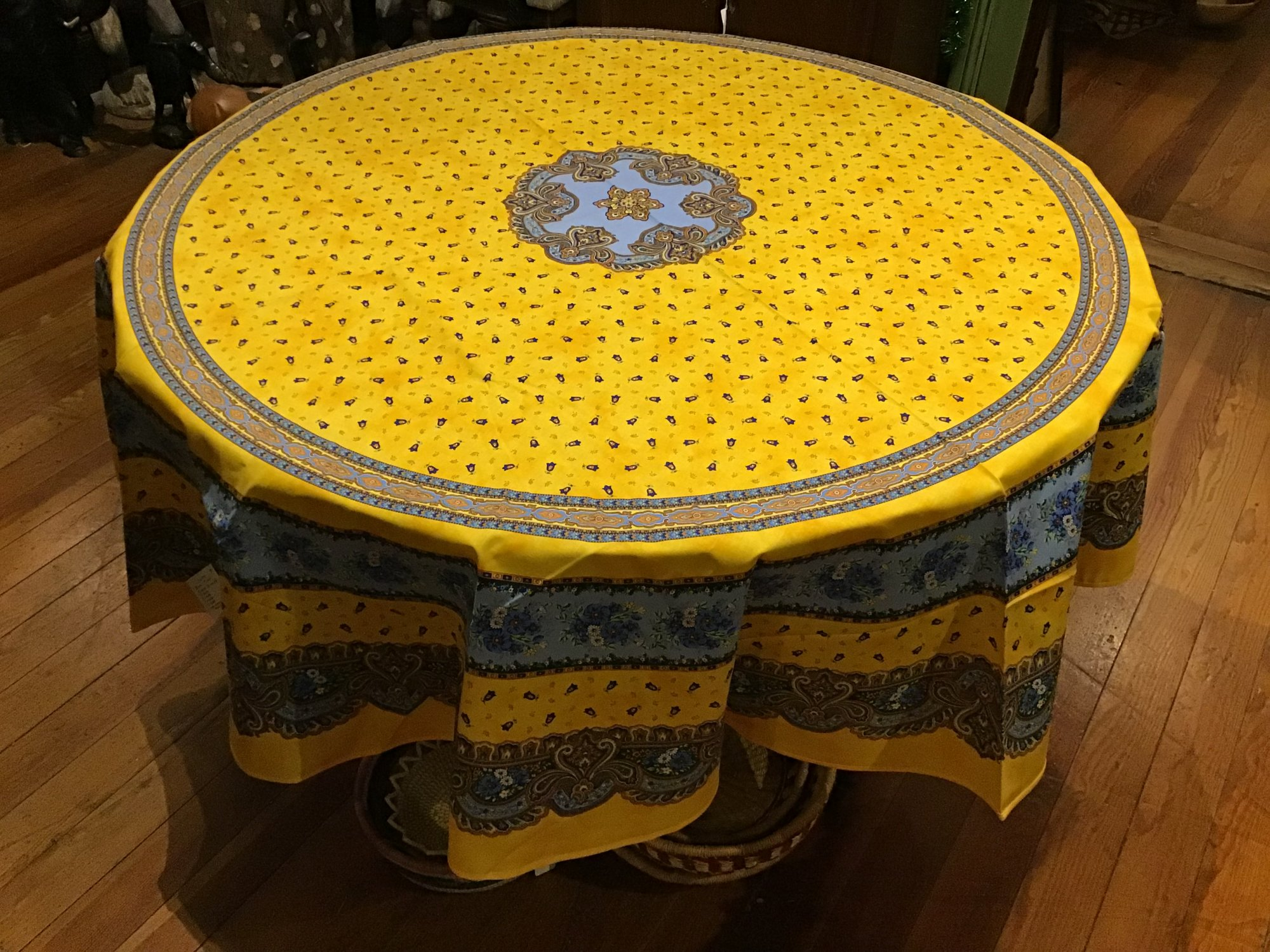 70 French Acrylic-Coated Round Tablecloth Tradition (Yellow)