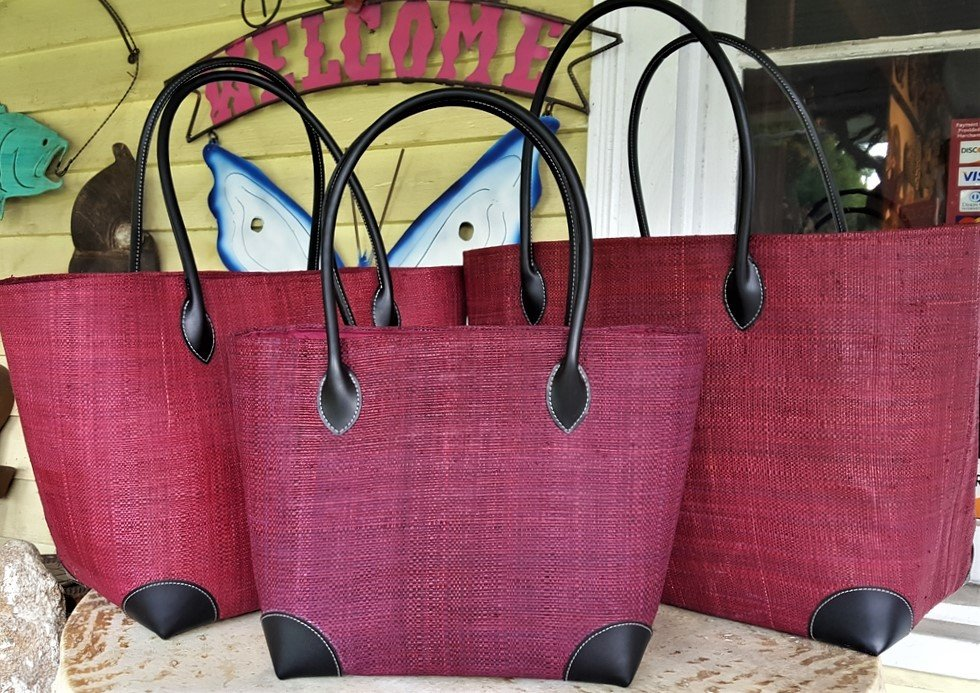 Madagascar Raffia Bag in Claret