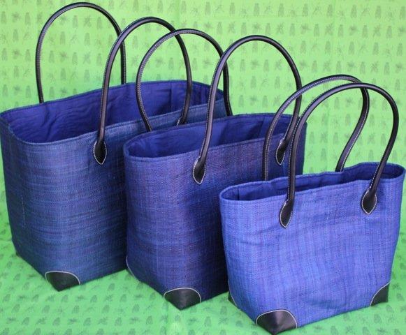 Madagascar Raffia Bag in Royal Blue
