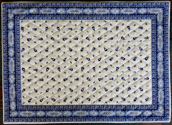 Cotton Quilted French Placemat (Blue & White)