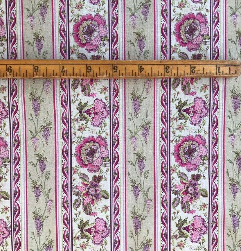 Ecru and Pink Valdrome Surya border fabric #644