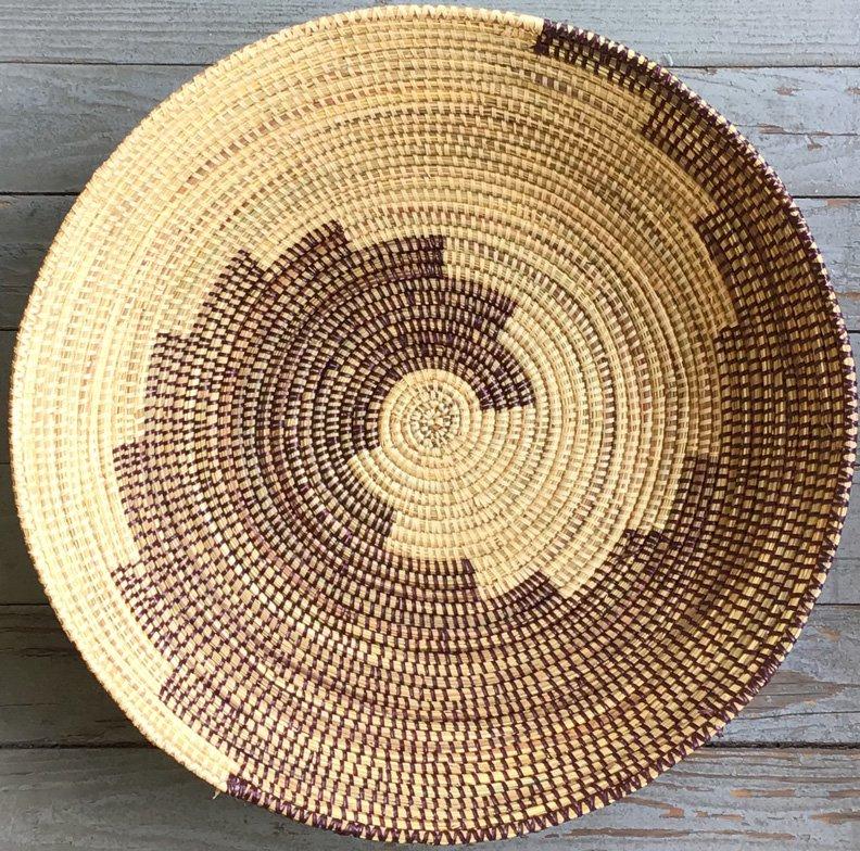 17-inch Senegal Open Round Grass Basket #053