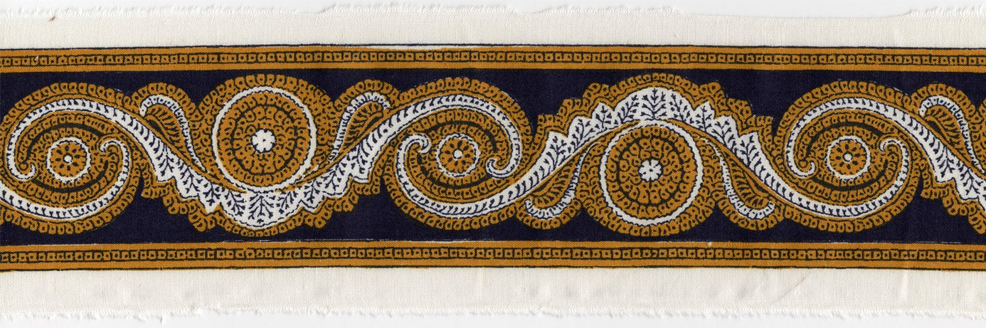 Souleiado 2.5-inch border trim (navy-gold)