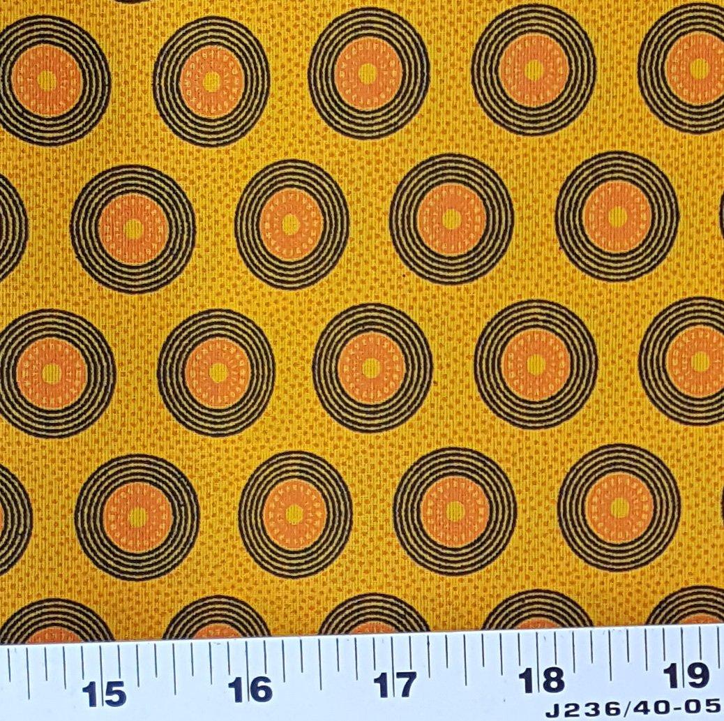 Da Gama Golden Yellow and black circle shweshwe (0399)