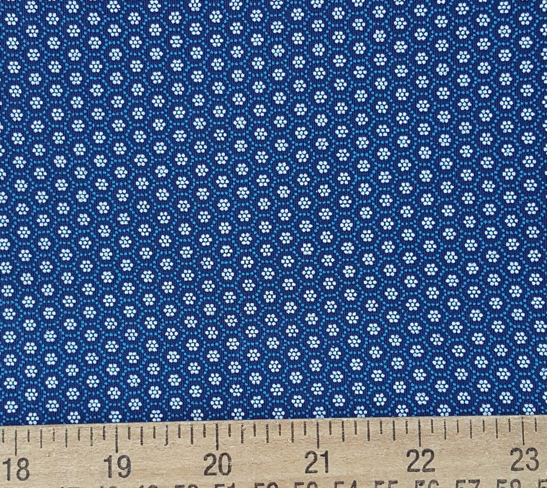 Light blue and white on indigo honeycomb shweshwe fabric (0500)