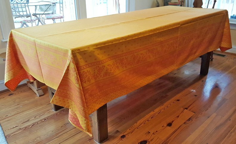 5 Sizes French Jacquard Tablecloths Bastide (Gold)