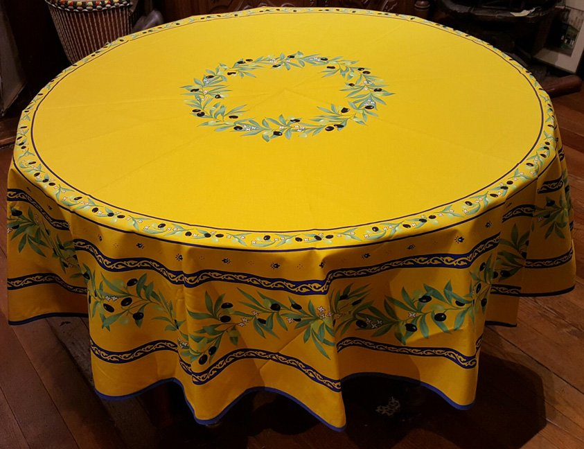 70 French Acrylic-Coated Round Tablecloth Ramatuelle (Gold)