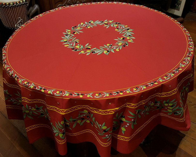 70 French Acrylic-Coated Round Tablecloth Ramatuelle (Red)
