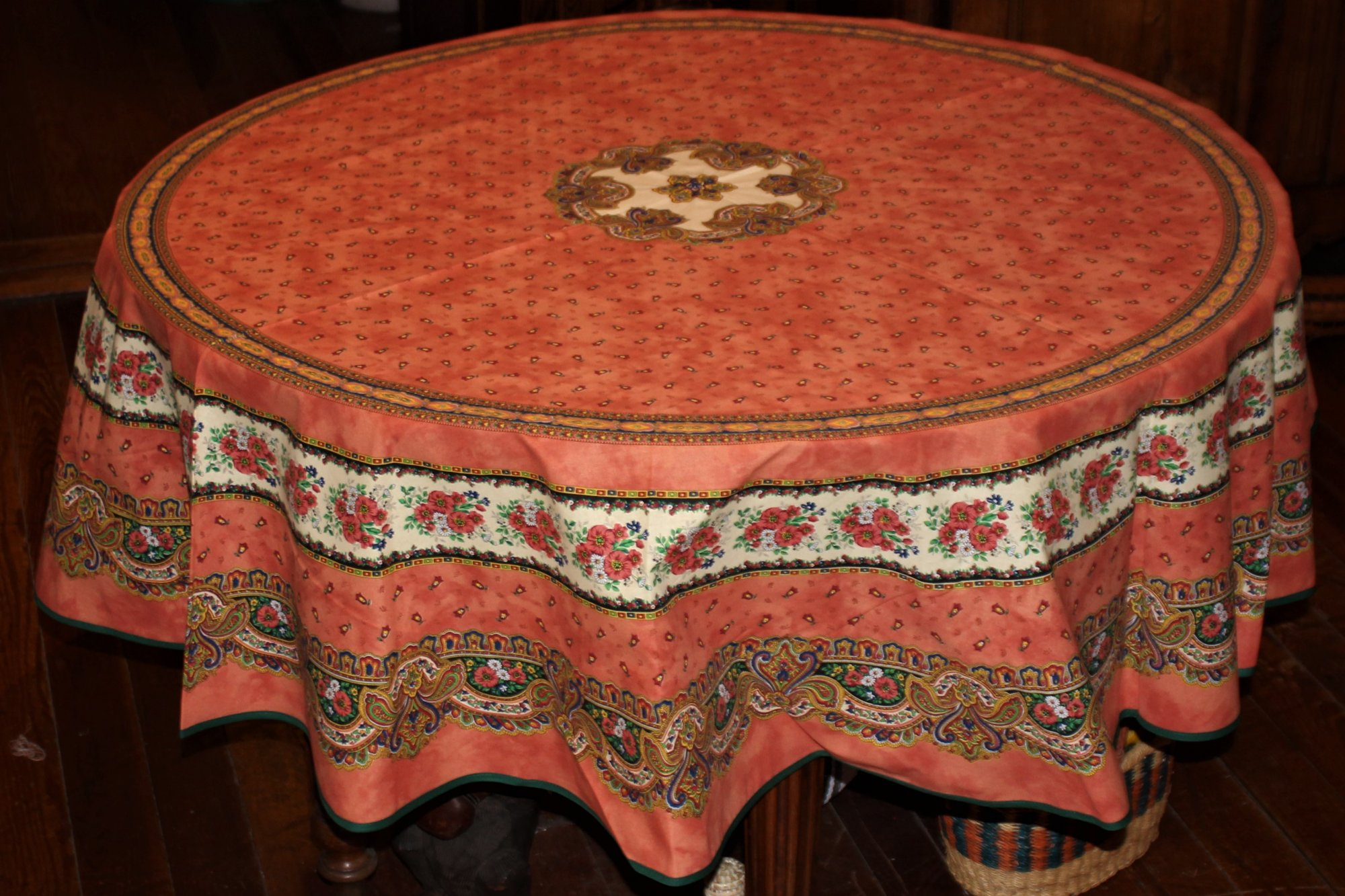 70 French Acrylic-Coated Round Tablecloth Tradition (Salmon)
