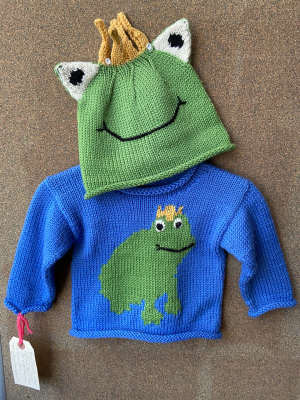 Frog Sweater and Hat in 220 Superwash