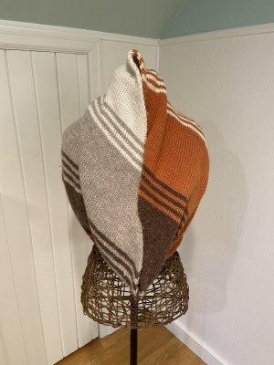 Tilted Shadows Cowl in Highland Duo