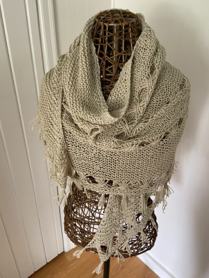 Hipster Shawl in Savanna