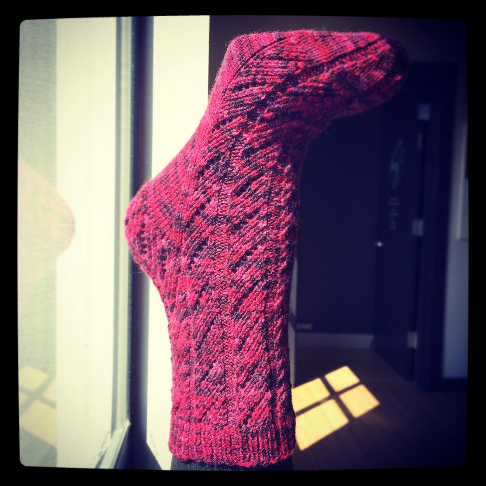knot another hat lambert twist socks (.pdf download)