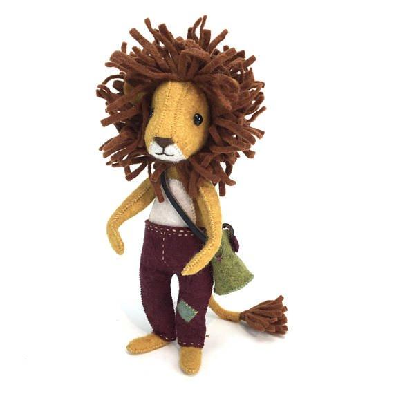 ludwig lionheart hand-stitching kit