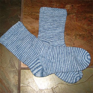 knot another hat worstedweight socks on 2 circulars (.pdf download)