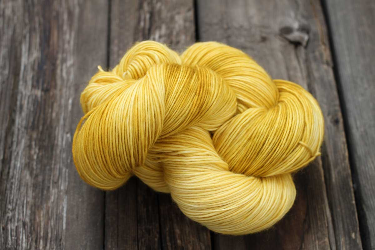 Bluefaced Leicester (BFL) Wool Silk DK by Dream in Color