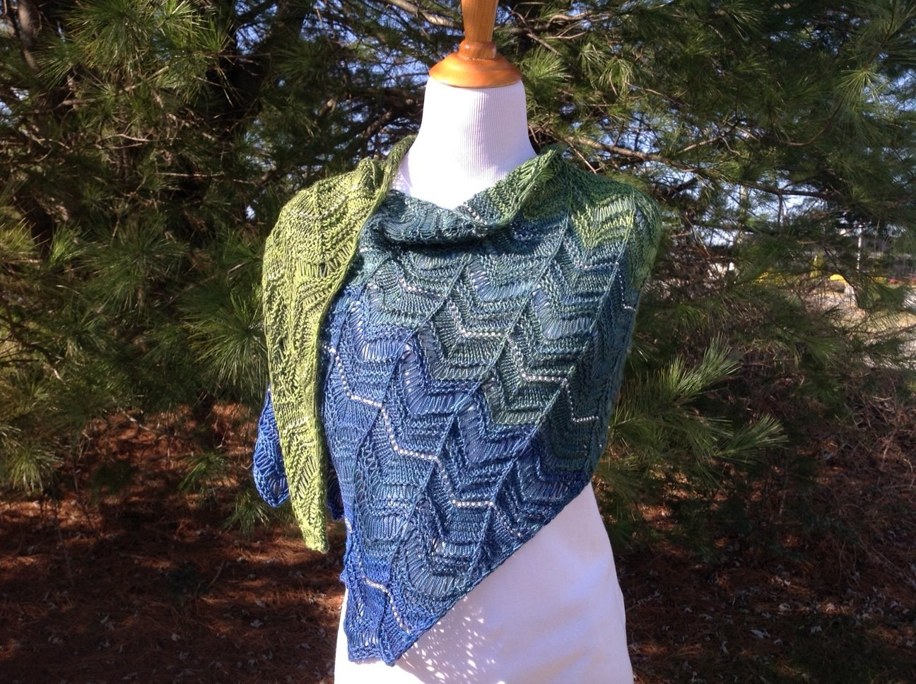 Magmatic Boom Shawl Pattern for Party of Five Gradient Kits