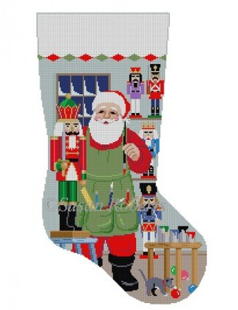 SR/3244 Santa Painting Nutcrackers