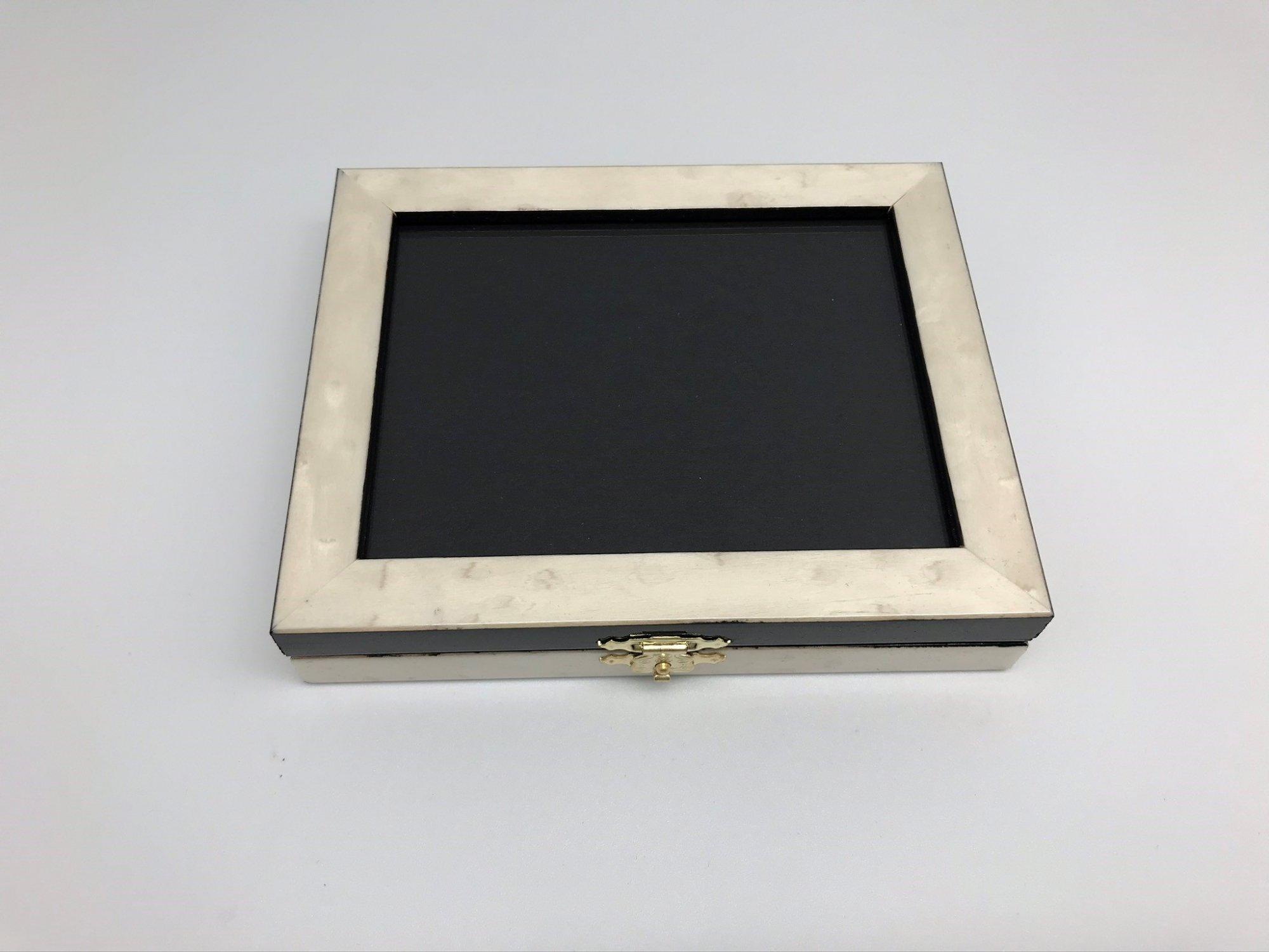 VNG/Box003 Pearl