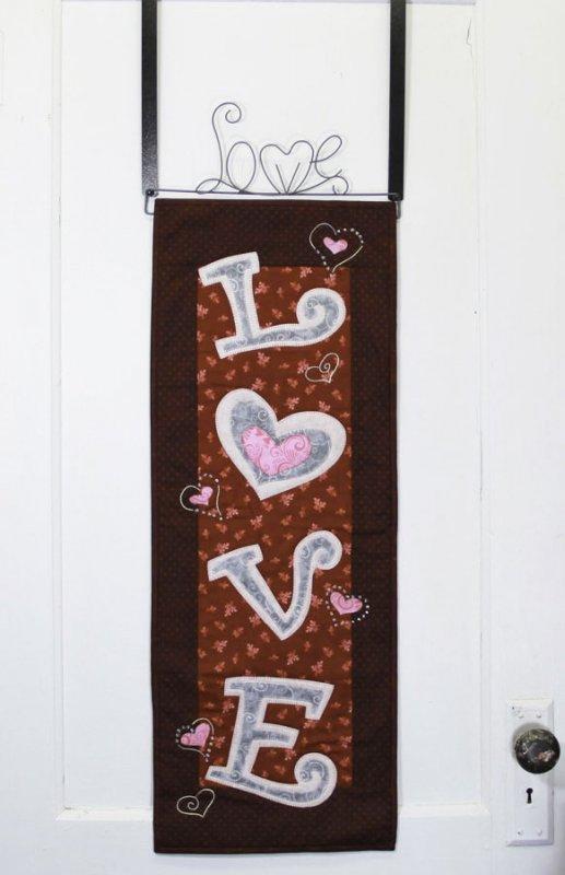 MM702 LOVE