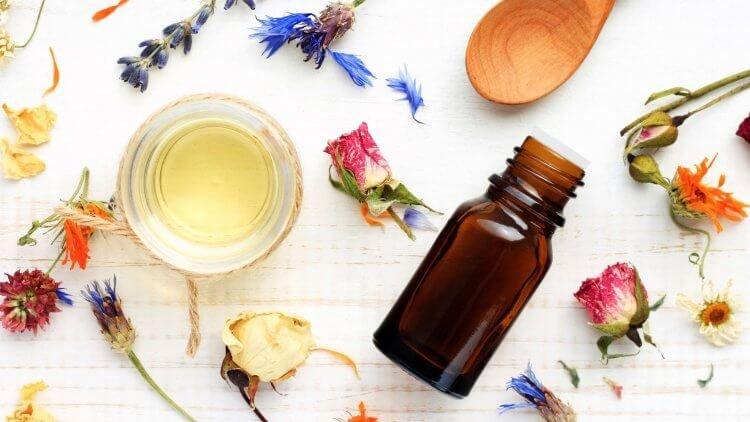 Vive la Scrap Crop:  Essential Oils Starter Class