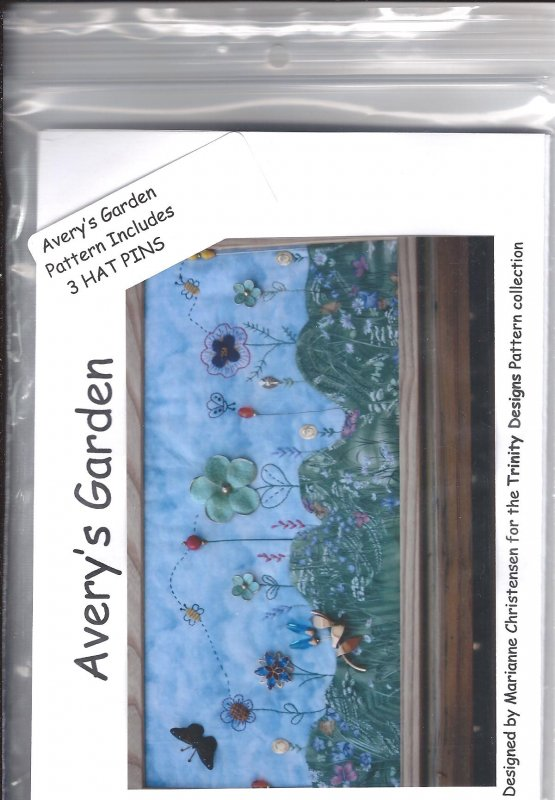 Avery's Garden Picture Wall Hanging Pattern by Trinity Designs