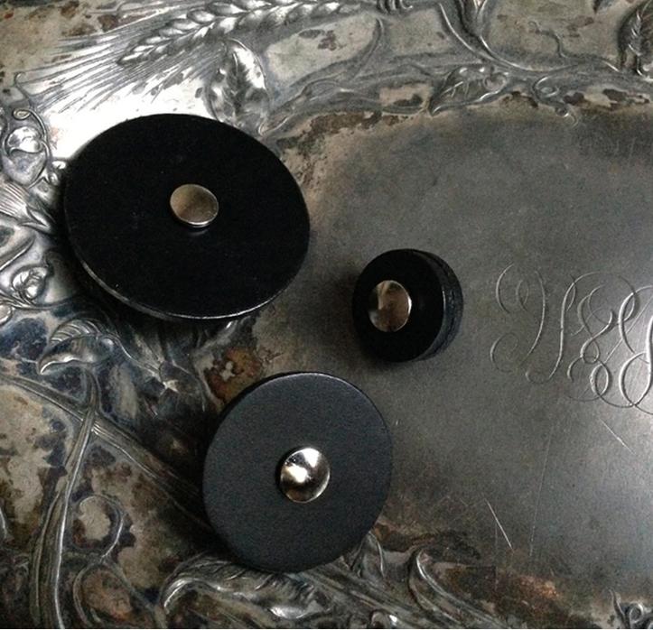 JUL Leather Pedestal Buttons