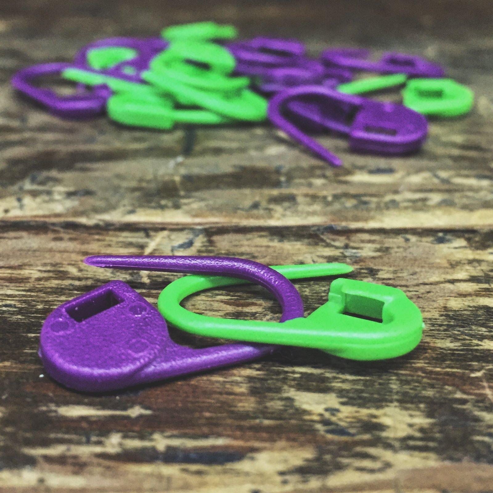 Knitter's Pride Locking Stitch Marker