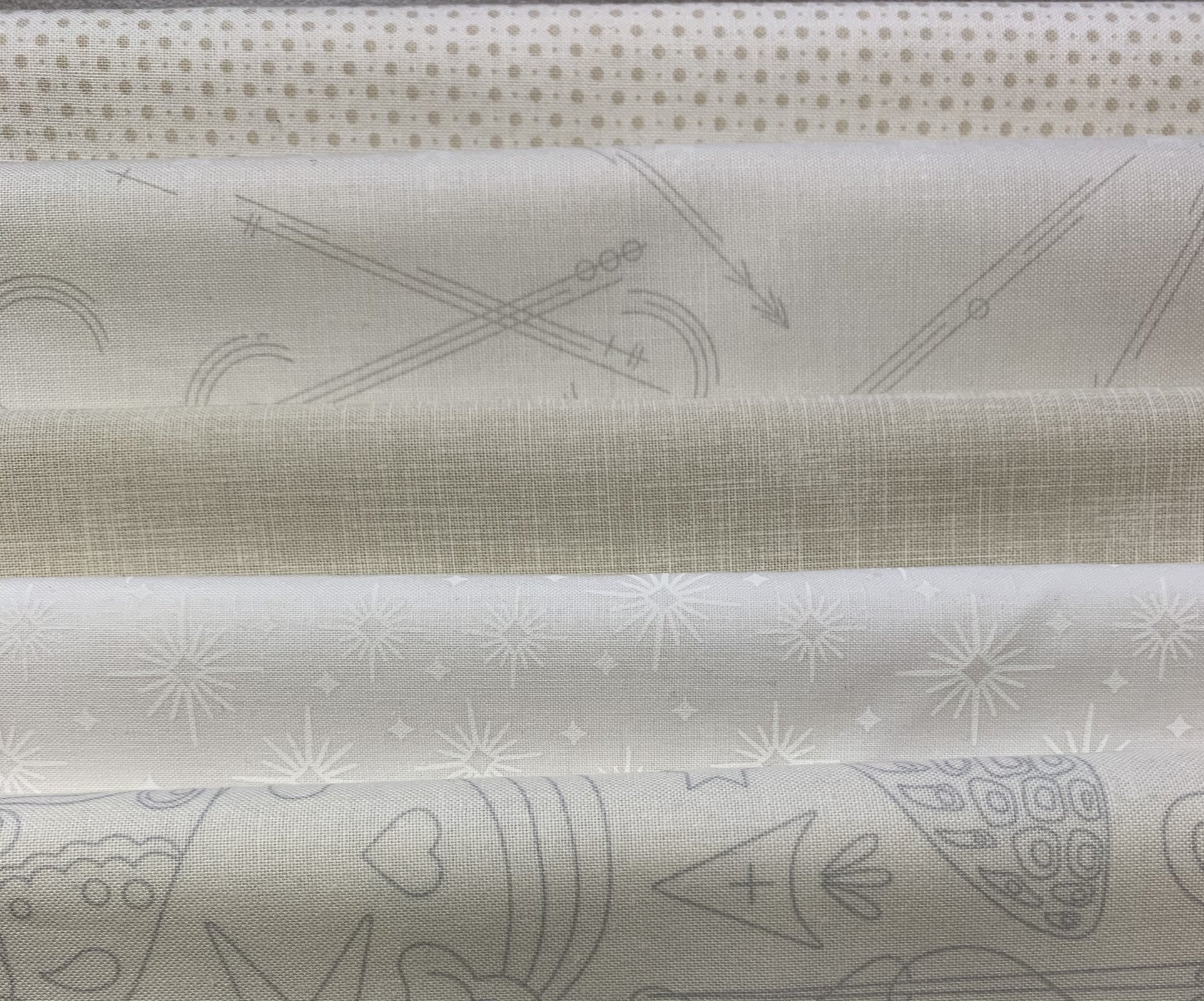 Scrappy Light half yard bundle of 5 Fabrics