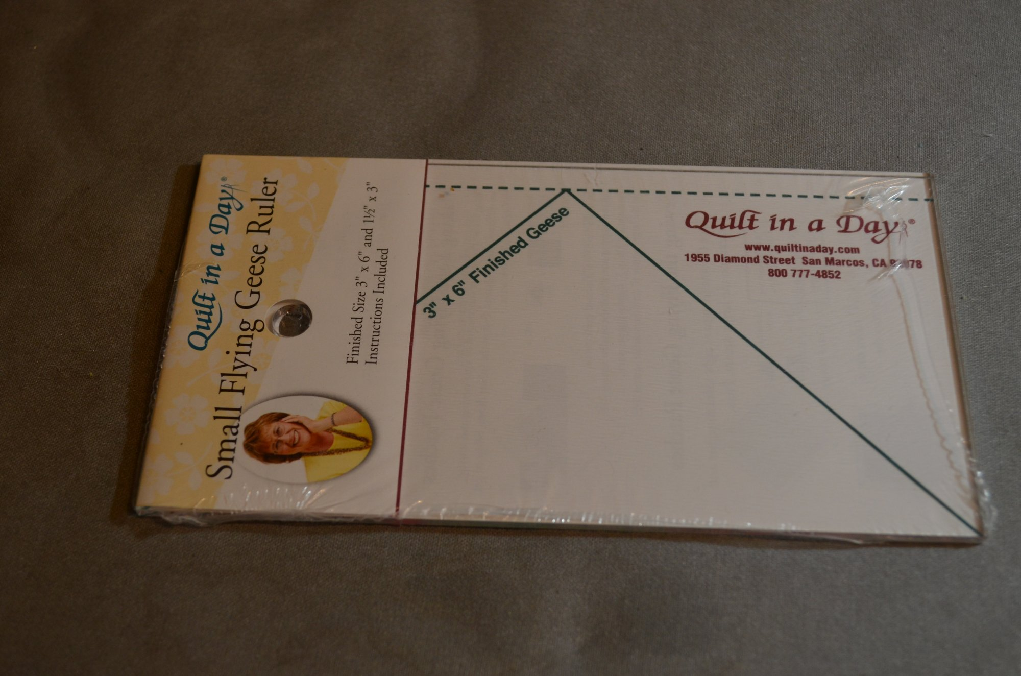 Small Flying Geese Ruler 2006QD  3.5 X 6.5