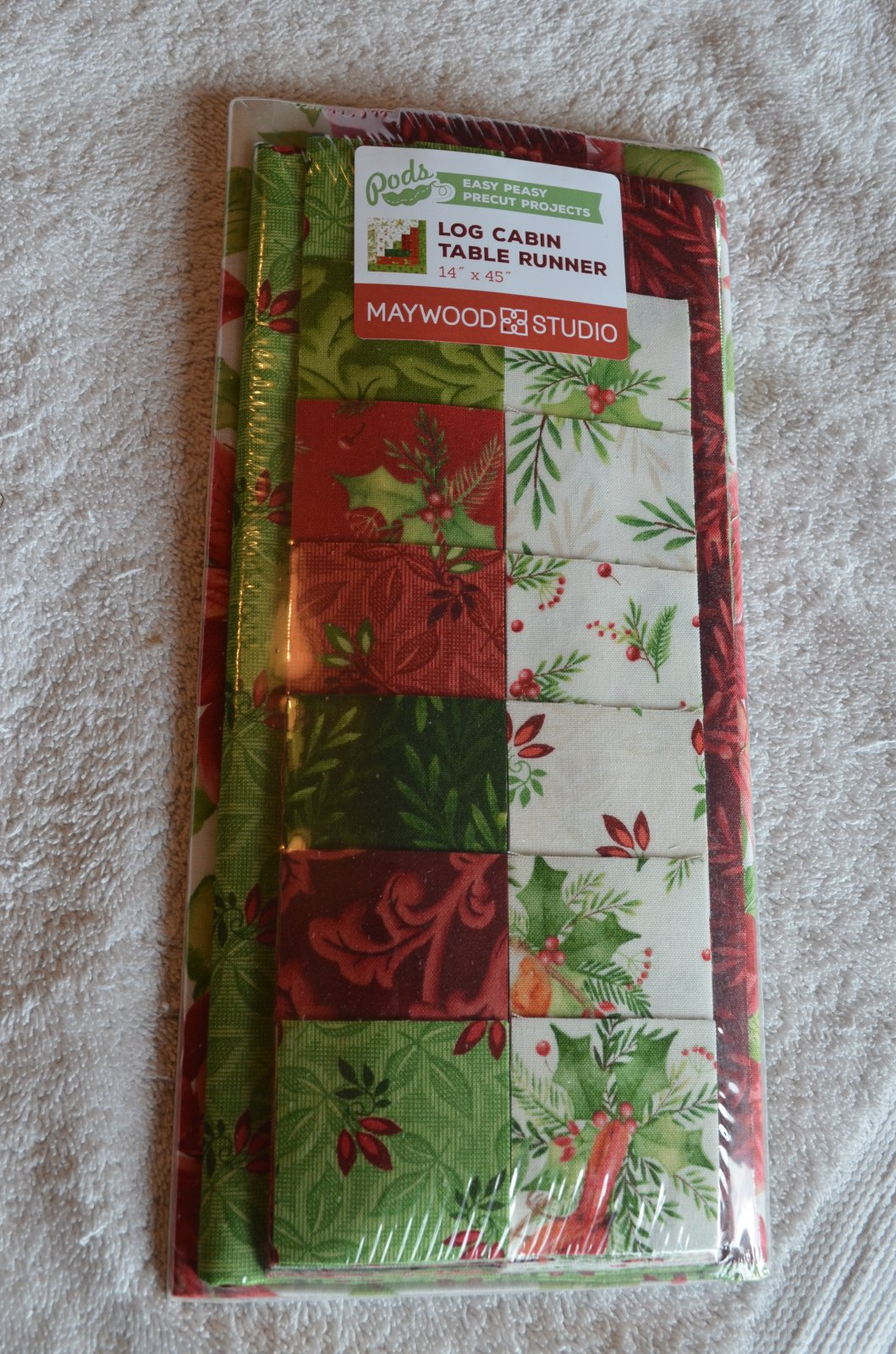 Pre-made Kits & Pods Log Cabin Runner Songbird Christmas
