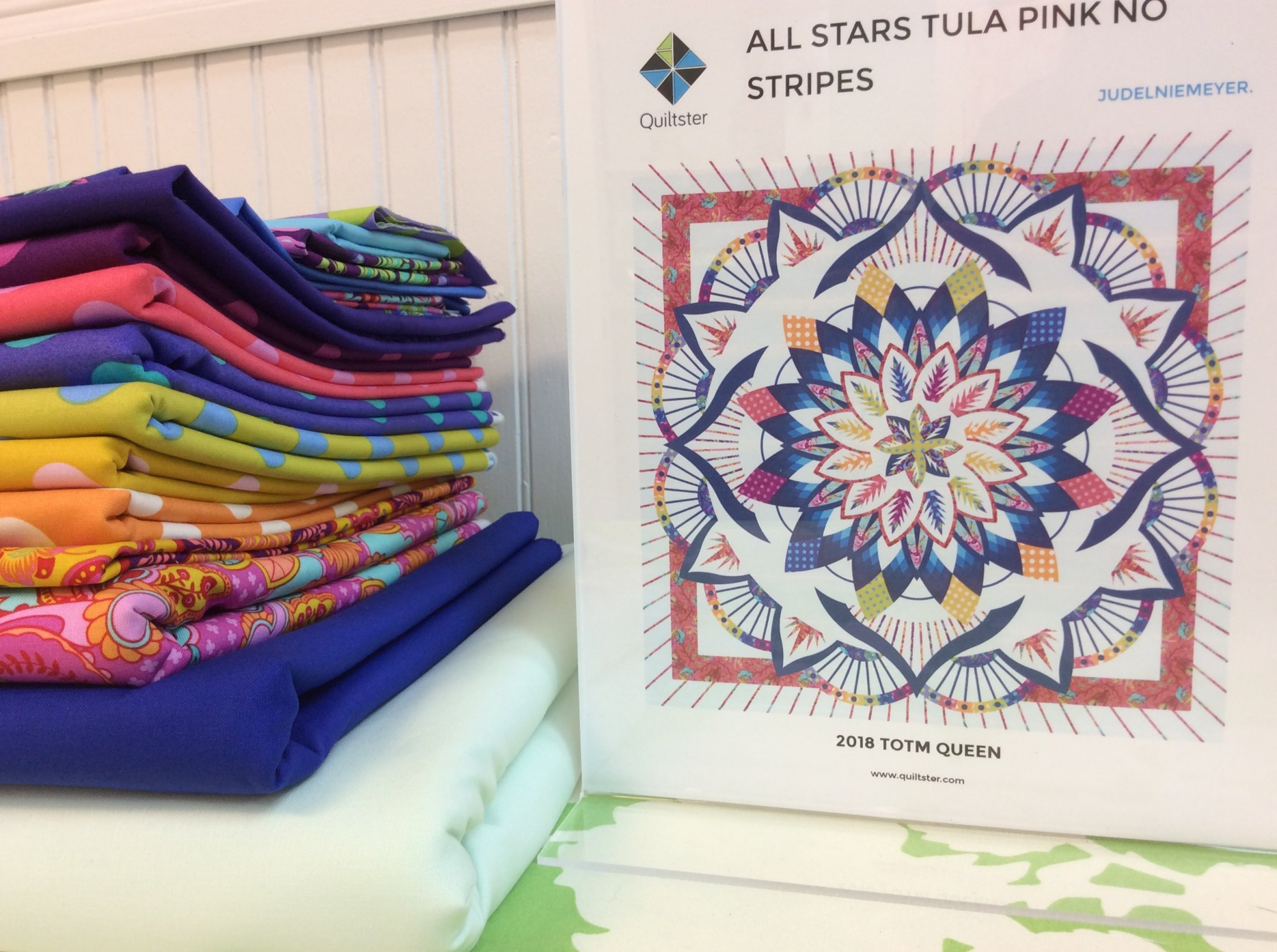 Tula Pink All Stars No Stripes TOM Quilt Kit