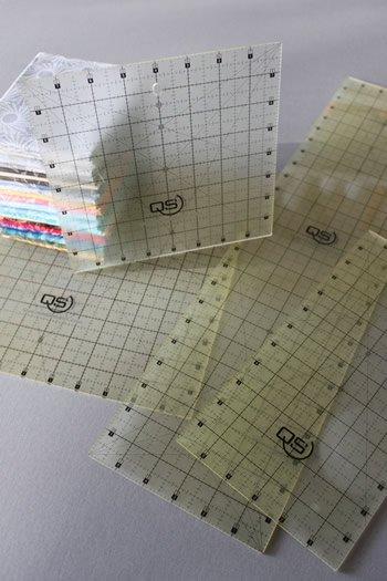 Select Non Slip Rulers 6.5 x 6.5 (16.5 cm x 16.5 cm)