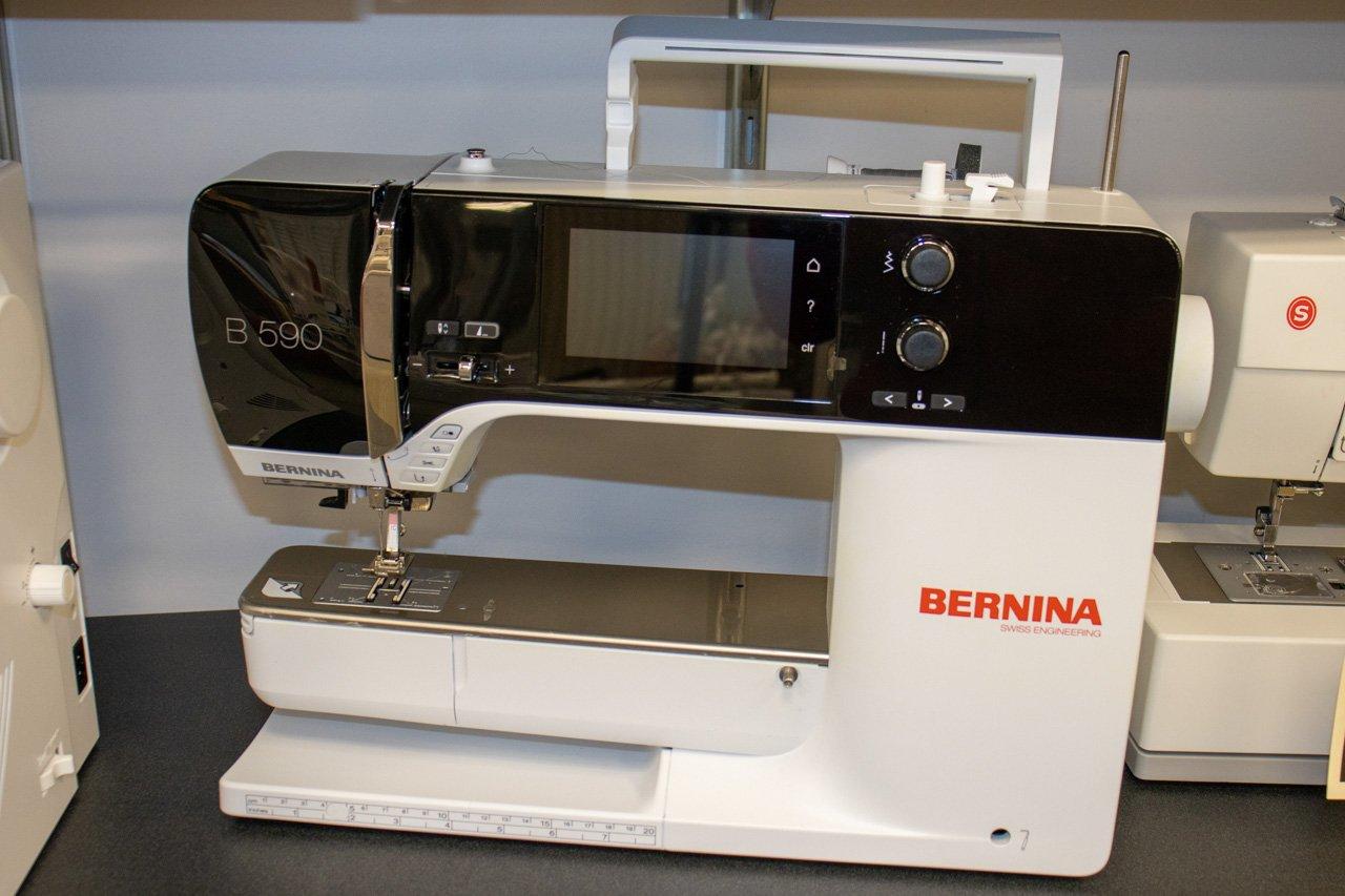 Bernina 590QEE