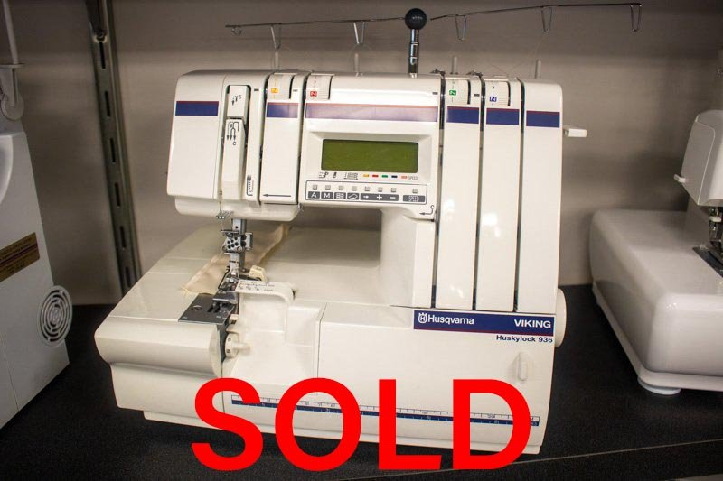 HUSQVARNA VIKING 936 Serger