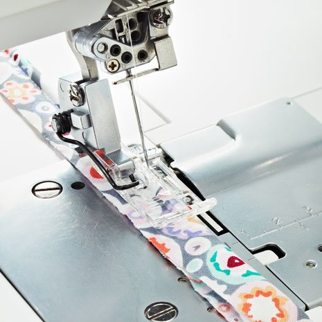 Piping Overlock Foot with Cording Guide