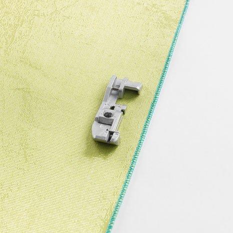 Yarn Application Overlock Foot