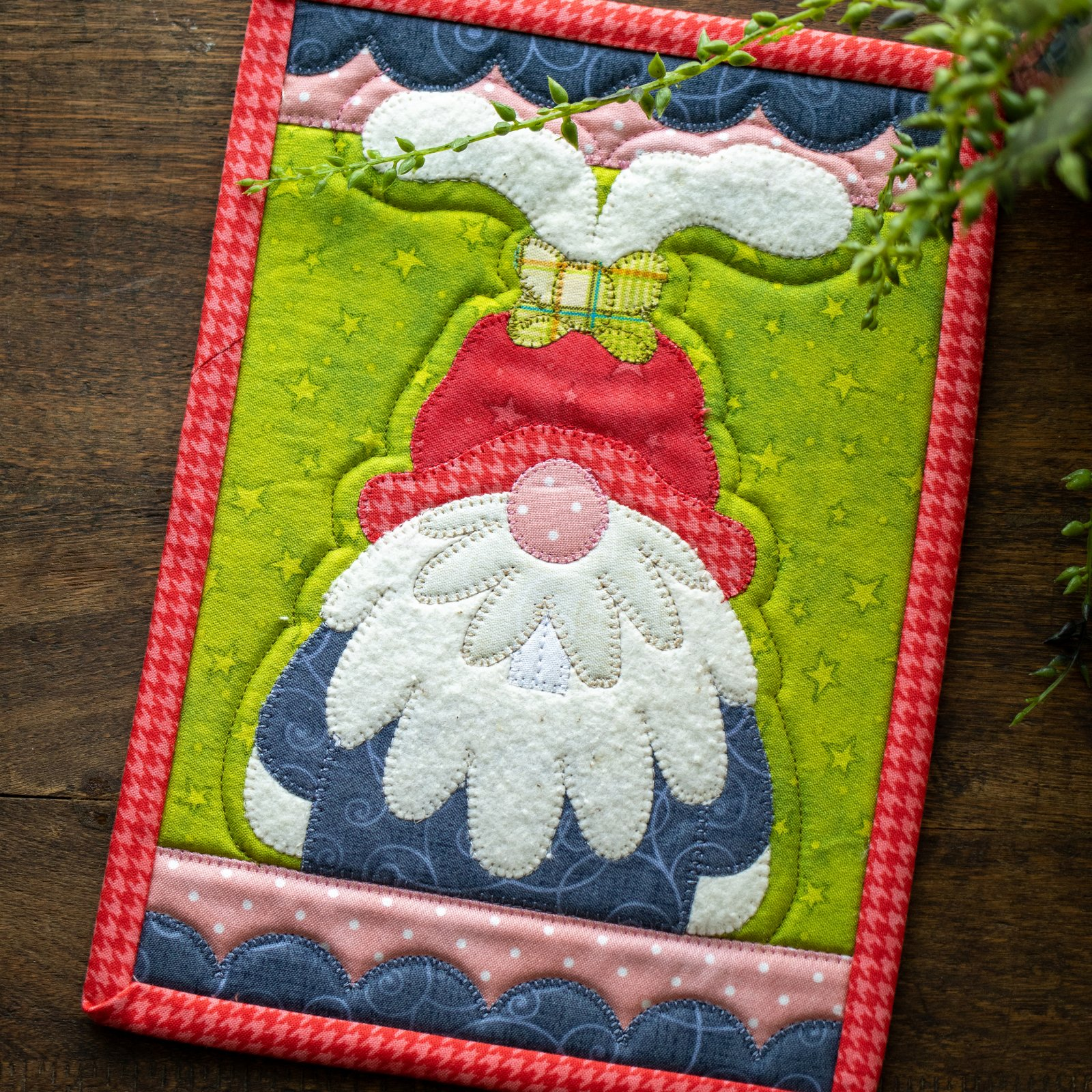 Floppy Gnome Mug Rug Kit
