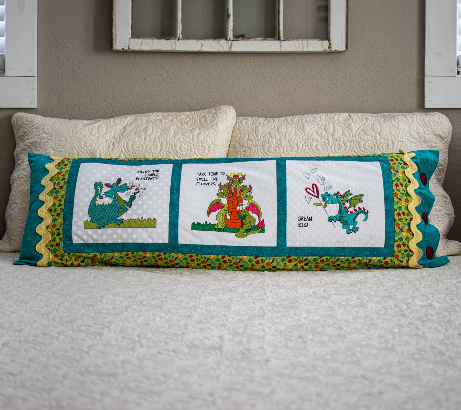 Dragon Bench Pillow Pattern (Embroidery not included)