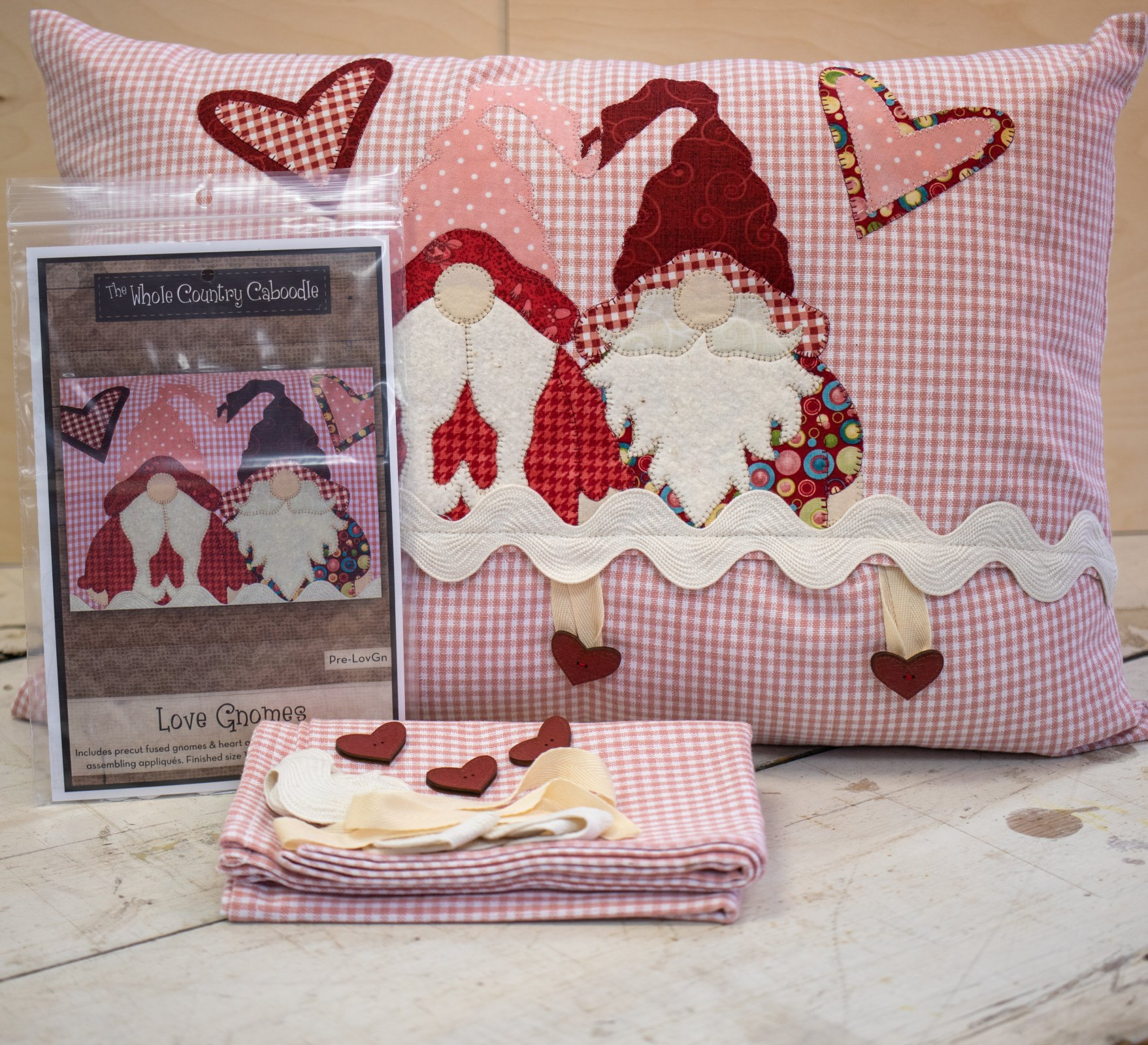 Love Gnomes Applique Pillow Cover Kit